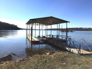 GREAT NASHVILLE LAKEHOUSE, FAMILY-FRIENDLY HOME! - Mount Juliet vacation rentals