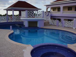 Villagio Villa in Discovery Bay Jamaica - Discovery Bay vacation rentals
