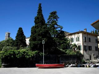 Bright 4 bedroom Condo in Toscolano-Maderno - Toscolano-Maderno vacation rentals