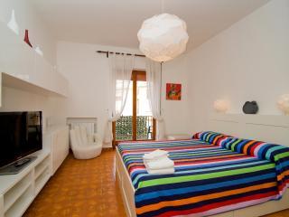 SORRENTO CENTER: SMILE APARTMENT - Sorrento vacation rentals