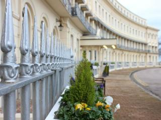 Hesketh Crescent 5 Star Apartment - Torquay vacation rentals