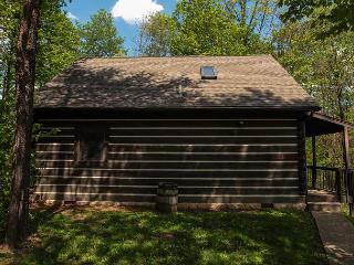 Hocking Hills Cabin close to Lake Logan - Ohio vacation rentals