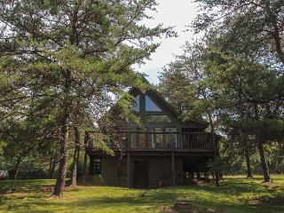 Romantic Private Cabin Rental - Hocking Hills vacation rentals