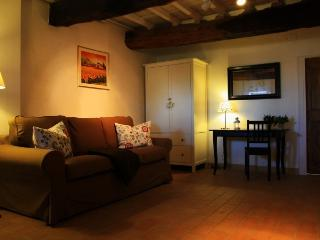 Holiday Home La Casa delle Lune - Mombaroccio vacation rentals