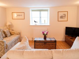 Charming Fairford Cottage rental with Kettle - Fairford vacation rentals