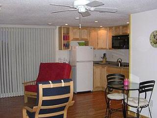 Comfortable North Truro Condo rental with Deck - North Truro vacation rentals