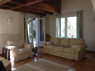 2 bedroom Bed and Breakfast with Internet Access in Lorgues - Lorgues vacation rentals