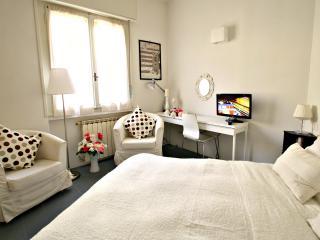 Barbadori Suite near Ponte Vecchio - Florence vacation rentals