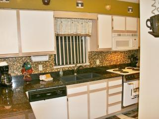 Relaxing Retreat on Golf Course at Pointe Royale - Branson vacation rentals