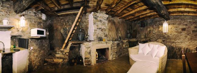 Cozy Cottage in Proenca-a-Nova with Towels Provided, sleeps 5 - Proenca-a-Nova vacation rentals