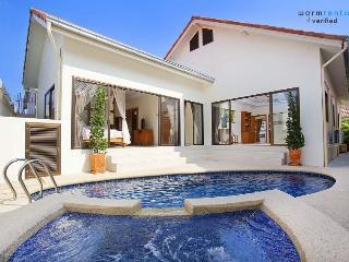 Solea Purple Villa - Pattaya vacation rentals