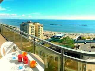 Lido di Pomposa Cortina 1 83, ottima vista mare - Lido di Pomposa vacation rentals