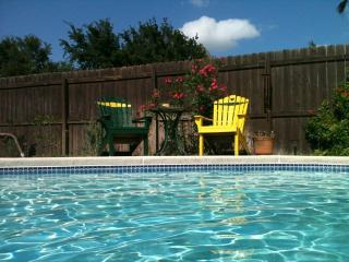The Sparrow's Nest B&B - McAllen vacation rentals