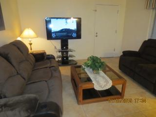 STADIUMS, GOLF, HEATED POOL, SPA,RESTAURANTS, SHOP - Sun City vacation rentals