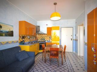Vacanza Ideale nella Casa sul Mare - Porto d'Ascoli vacation rentals