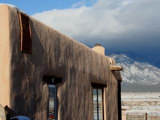 Mountains in Your Face - Taos vacation rentals