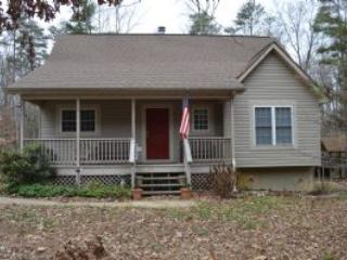 Cozy 2 bedroom Bumpass House with Deck - Bumpass vacation rentals