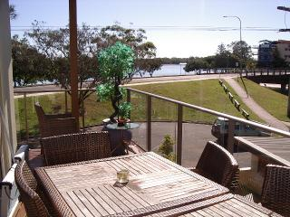 park beach - Maroochydore vacation rentals