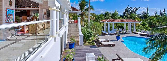 Villa Pamplemousse SPECIAL OFFER: St. Martin Villa 325 Take Comfort In The Fully Air Conditioned Living And Kitchen Area With New Decorations Throughout. - Terres Basses vacation rentals