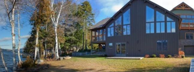 Spectacular Lodge on Moosehead Lake - #113 Spectacular lodge with floor to ceiling windows & fireplace - Greenville - rentals