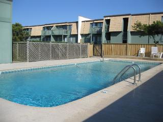 Nice Condo with Deck and Internet Access - Ocean Isle Beach vacation rentals