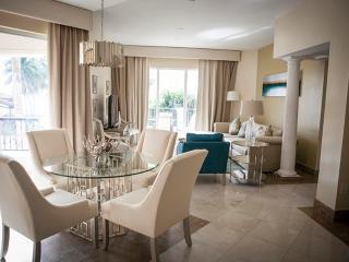 Refined 2 Bedroom Oceanfront Villa in Fisher Island - Miami vacation rentals