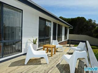 'Shaka Retreat' - Goolwa Beach - Goolwa vacation rentals