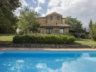 Casa Bellarte 14+3 - Gualdo vacation rentals