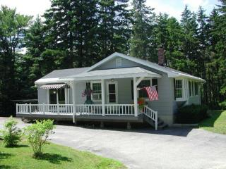 Boothbay Pet-Friendly Lake Access Near Ocean - Boothbay Harbor vacation rentals