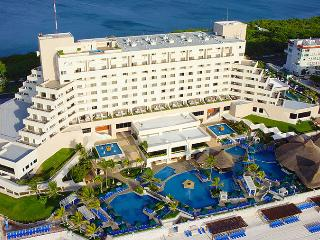 Royal Solaris Cancun Resort and Spa All Inclusive! - Cancun vacation rentals