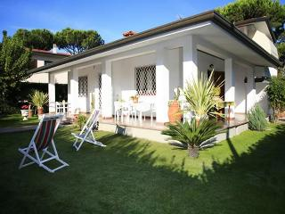Villa Corlina - Strettoia vacation rentals