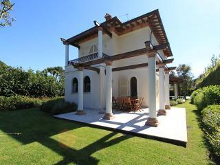 Villa Begonia - Forte Dei Marmi vacation rentals