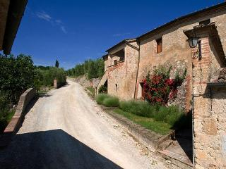 Casa Cascinale Sotto - Pianella vacation rentals