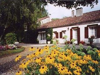 Maison du Canal ~ RA52355 - Lot-et-Garonne vacation rentals