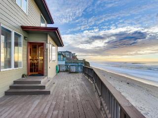 Roaring waves at the Beach's edge. - Gleneden Beach vacation rentals