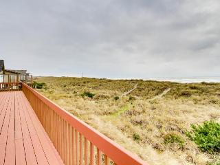Dog-friendly, oceanfront home w/ jetted tub + pool access! - Waldport vacation rentals