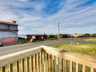 Dog-friendly home w/ ocean views, entertainment & easy beach access! - Yachats vacation rentals