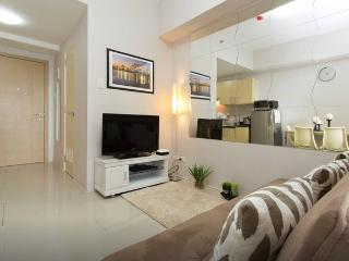 Splendid Cozy Furnished 1Bed Condo with nice view - Quezon City vacation rentals