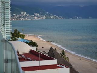 Icon vallarta condo for rent by the oceanfront - Puerto Arista vacation rentals