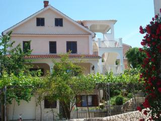 Apartment Sanda P for 4 people - Malinska vacation rentals