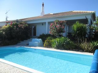 Villa Casa Veronica in Laranjeiro Portugal - Moncarapacho vacation rentals