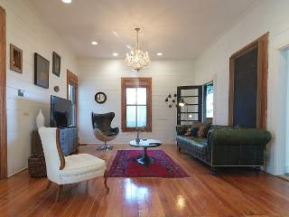 Urban Homestead - 3BR/2.5BA Chic Farmhouse - Wonderfully Styled - Austin vacation rentals