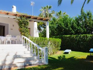 Lovely 4 bedroom Villa in Cala d'Or - Cala d'Or vacation rentals