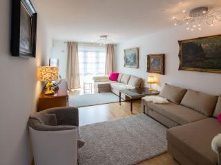 Family Luxury apartment for holiday in Garmisch - Garmisch-Partenkirchen vacation rentals