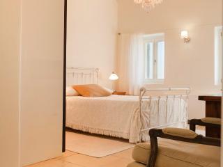 Athina Ios Villa 4BDR - Ios vacation rentals