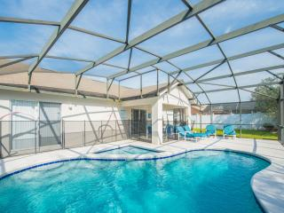 South Facing Private Pool with Kiddies Splash Pool / WiFi / Games Room - Kissimmee vacation rentals