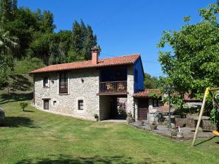 Nice 3 bedroom House in Colunga - Colunga vacation rentals