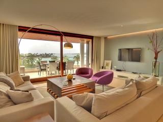 """Skyfall 2"" - Alcudia  Luxury  - Best in town! - Puerto de Alcudia vacation rentals"