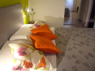 Charming Bed and Breakfast near Colosseum. - Rome vacation rentals