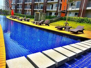 Resort Suite with lovely Pool View - Surat Thani vacation rentals